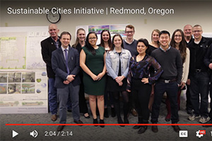 students and City of Redmond officials