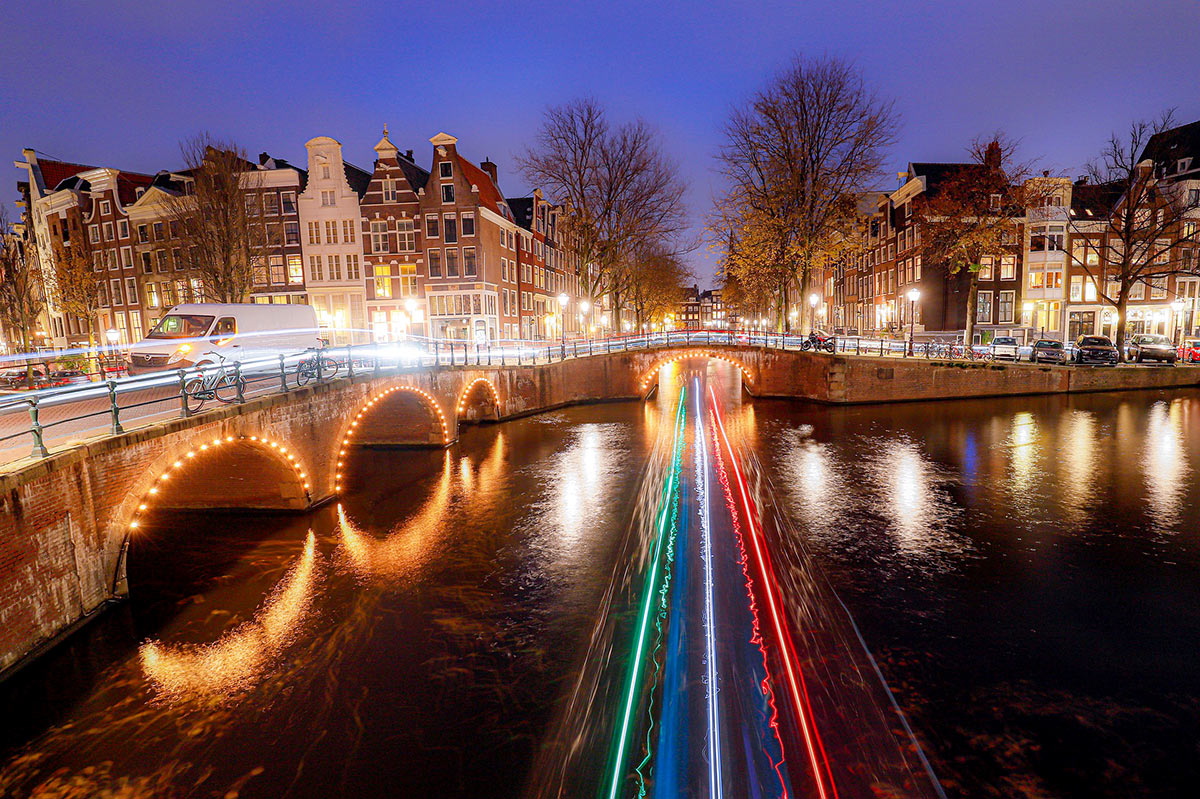 Photo of Amsterdam at night