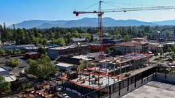 Eugene Oregon skyline with crane