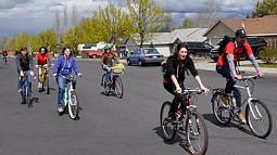 SCYP students biking